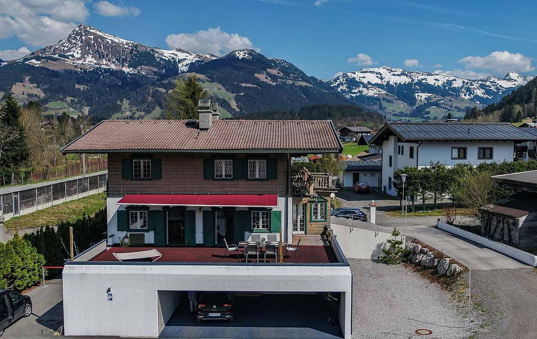 Tirolerhaus am Golfplatz Kitzbühel - Luxusimmobilien KITZIMMO