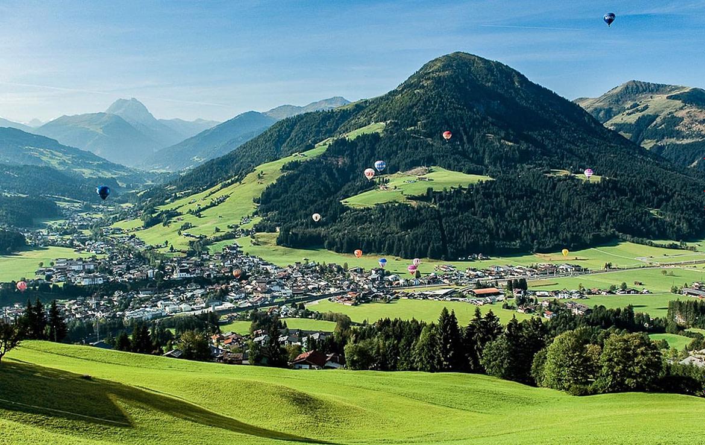 Die Sommerlandschaft von Kirchberg in Tirol