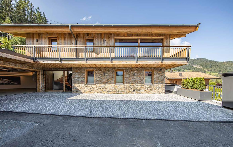 Neubauvilla in Paradelage kaufen - Ski-In / Ski-Out - KITZIMMO